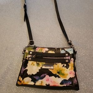 Kenneth Cole Reaction cross body, floral